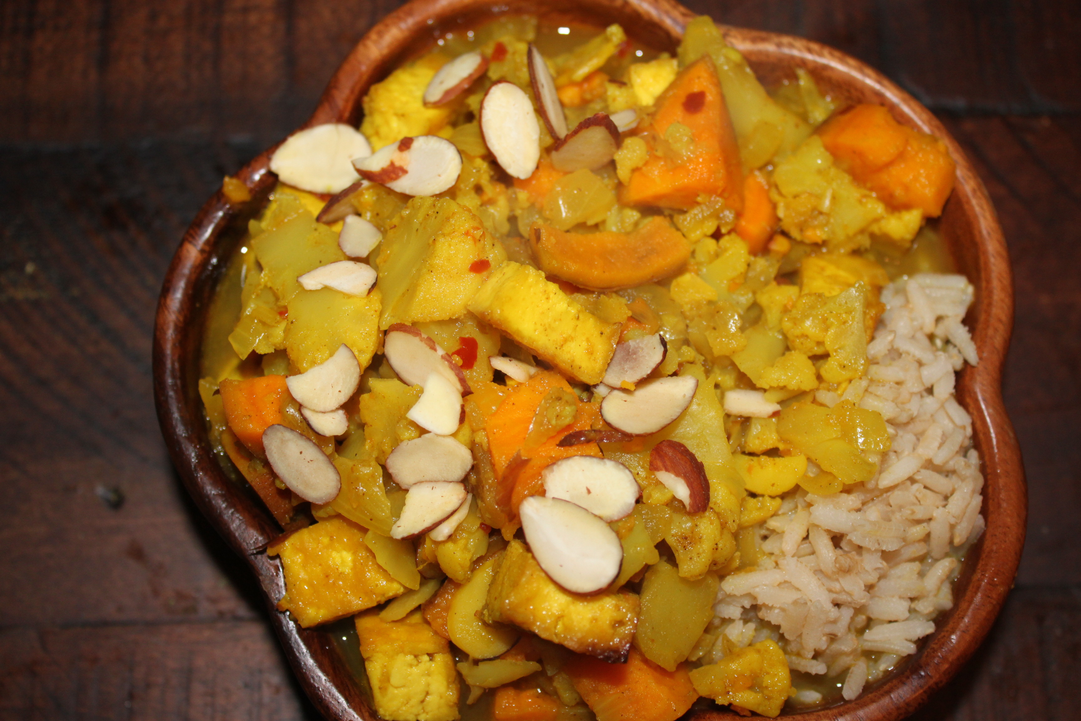 Winter Tofu and Vegetable Korma – Notes From a Messy Kitchen